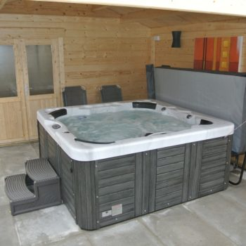 Hot Tub and cover